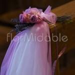 Bouquet abbellimento panche con lavanda e rose