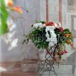 Addobbo arancio per cerimonia rustic chic con rose e orchidee