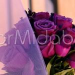 Bouquet da sposa con rose fucsia e lavanda