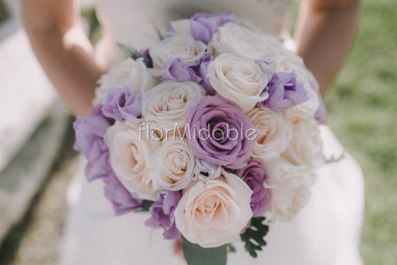 Bouquet Sposa Glicine.Matrimoni E Bouquet Da Sposa Nei Toni Del Viole E Lilla Flormidable