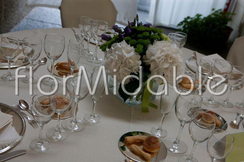 Centrotavola Ortensie Bianche : Centrotavola matrimonio con ortensie idee per il design