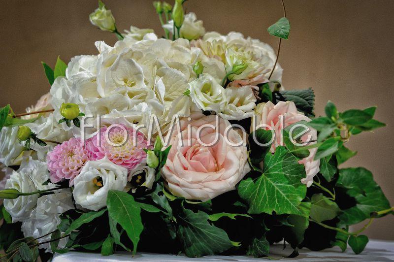 Ortensie Rosa Matrimonio : Fiori rosa e cipria per matrimonio bouquet da sposa