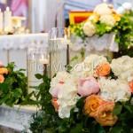 Matrimonio ad Orta con addobbo chiesa in stile inglese
