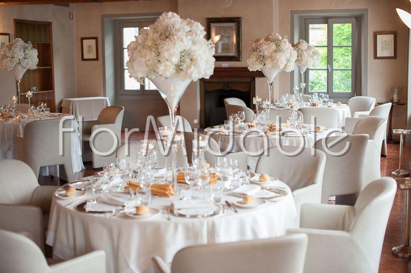 Peonie Ortensie Matrimonio : Matrimoni e bouquet sposa con fiori in bianco avorio