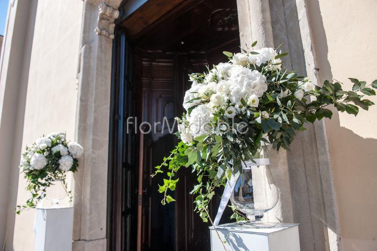 Super Matrimoni e bouquet sposa con fiori in bianco e avorio | Flormidable UQ53