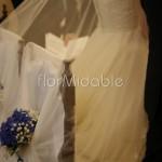 Dettaglio addobbo sedute sposi con ortensie blu
