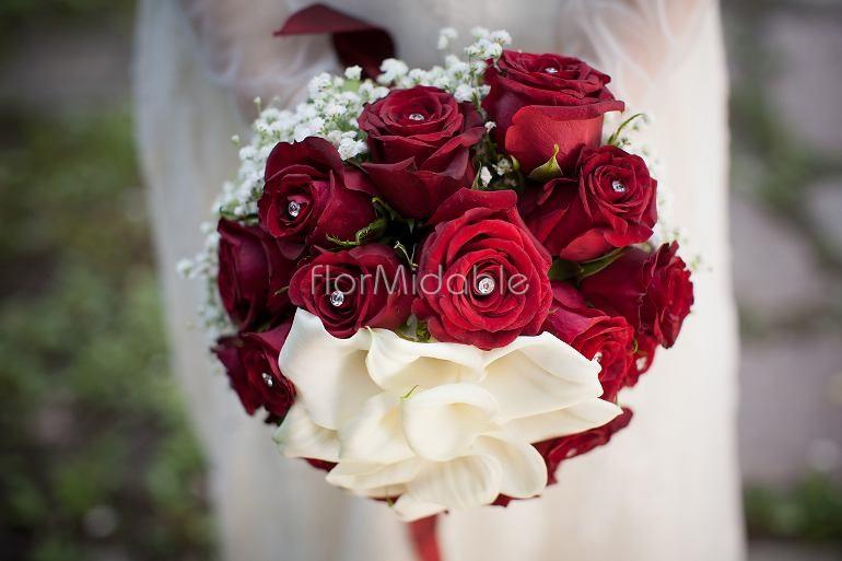 Bouquet Sposa Rose Bianche E Rosse.Addobbi Floreali Matrimoni E Bouquet Sposa Con Fiori Rossi