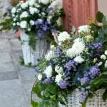 Cesti fioriti per matrimonio in stile provenzale