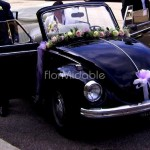 ghirlanda floreale addobbo auto sposa