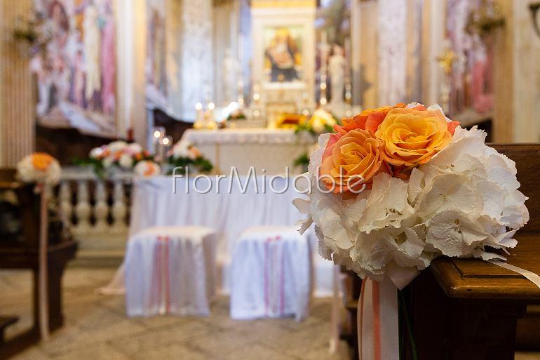 Matrimonio In Giallo E Bianco : Matrimoni e bouquet sposa con fiori arancio pesca giallo flormidable
