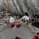 scenografie floreali di pura eleganza con rose e orchidee