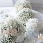 ricca e morbida decorazione del tavolo degli sposi