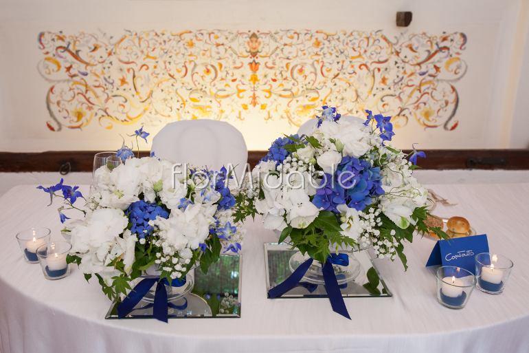 Addobbi Matrimonio Azzurro Tiffany : Matrimoni e bouquet da sposa con fiori blu tiffany
