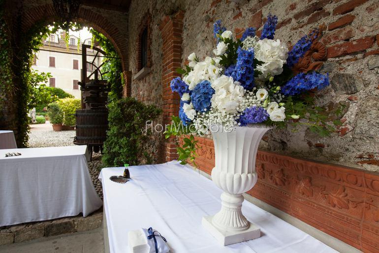 Addobbi Matrimonio Azzurro : Matrimoni e bouquet da sposa con fiori blu tiffany azzurro