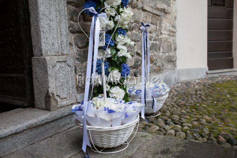 Addobbi Matrimonio In Chiesa : Matrimoni e bouquet da sposa con fiori blu tiffany