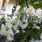 Addobbo tavolo reale in stile provenzale con tocchi di lavanda